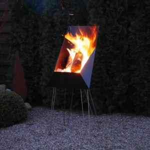 Der Feuerkorb für gezielte Wärme im Sitzbereich
