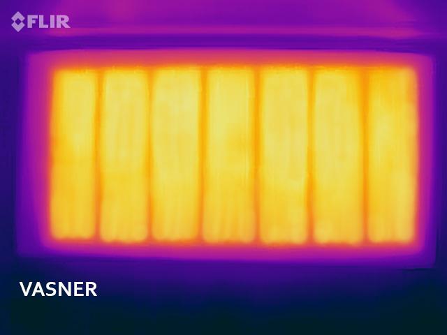 Infrarotheizung Spiegel Wärmebild zeigt gleichmäßige Wärmestrahlung
