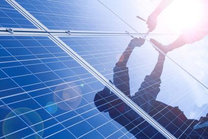 Die Kombination einer Infrarot Photovoltaik Heizung mit einem Solarstromspeicher ist das Heizsystem der Zukunft