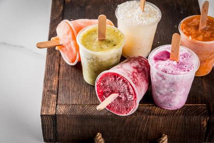 Kreieren Sie köstliche Eisvariationen für Ihre Party im Sommer mit dem VASNER Slow Juicer