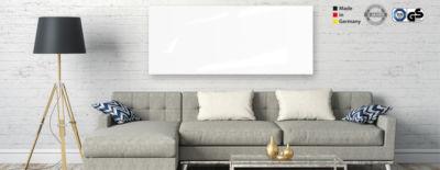 Infrarot Glasheizkörper in Weiß im Wohnzimmer