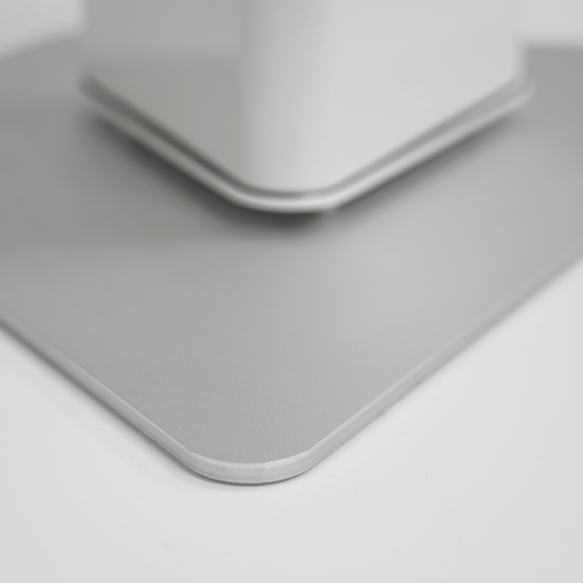 Stand-Heizstrahler mit Aluminium Fuß für mehr Stabilität