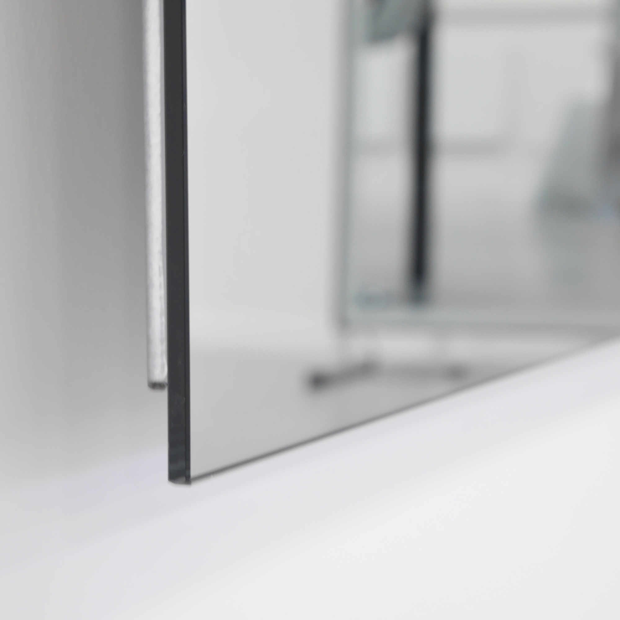 mirror heater with hidden carbon technology