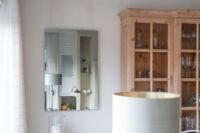 VASNER Spiegel Infrarotheizung im Wohnzimmer des Einfamilienhauses
