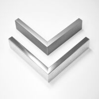Heating mirror element with quality metal frames