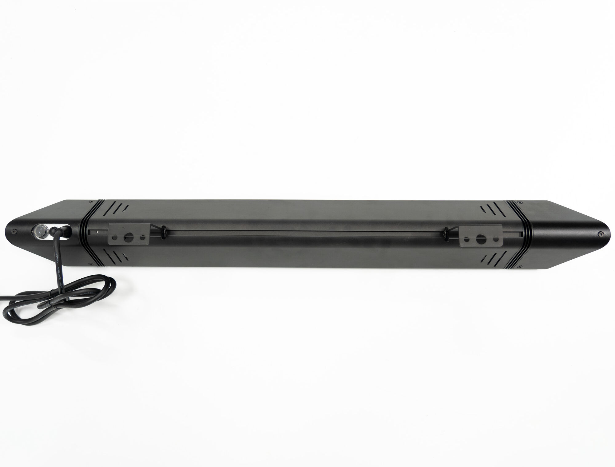 Compact outdoor heater with flexible mount