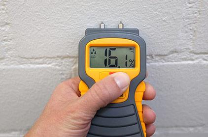 Feuchtigkeit messen nach Infrarot Bautrocknung