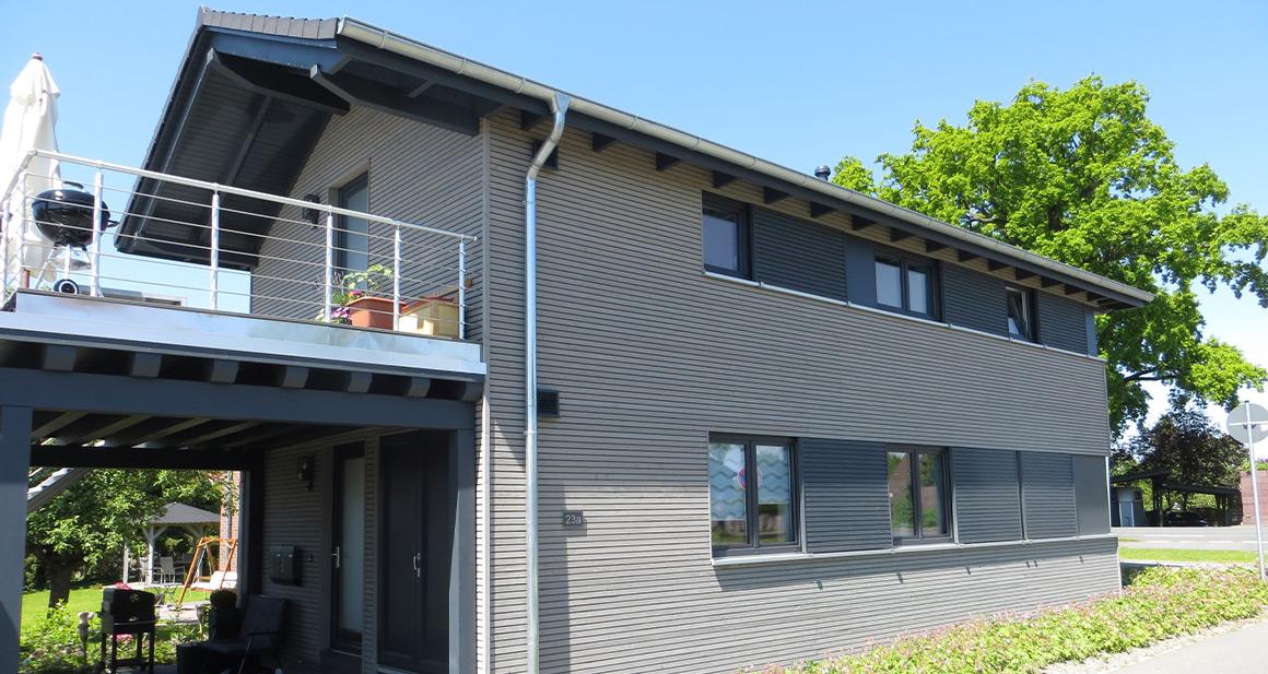 Metall Infrarotheizung von VASNER kommt als Deckenheizung in einem KfW 40 plus Haus zum Einsatz