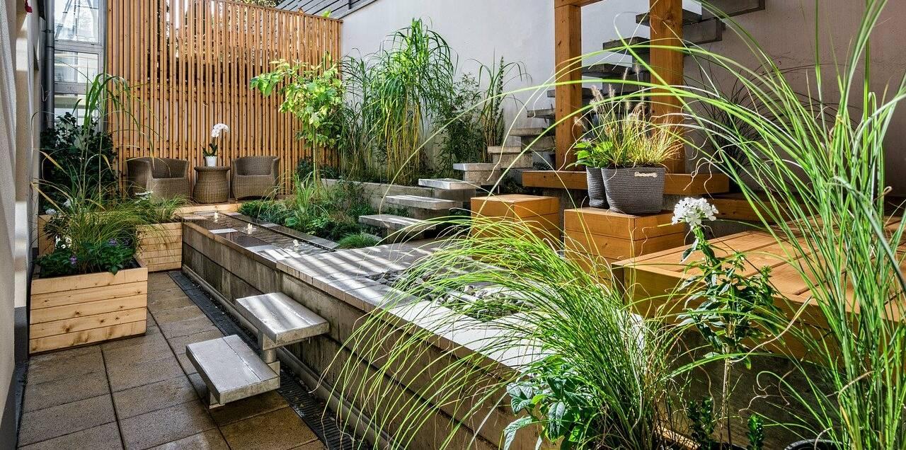 Dachterrasse gemütlich und modern gestalten mit Pflanzen